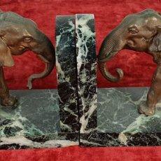 Arte: APOYA LIBROS. ESCULTURAS DE BRONCE CON BASE DE MÁRMOL. SIGLO XX. . Lote 144363030