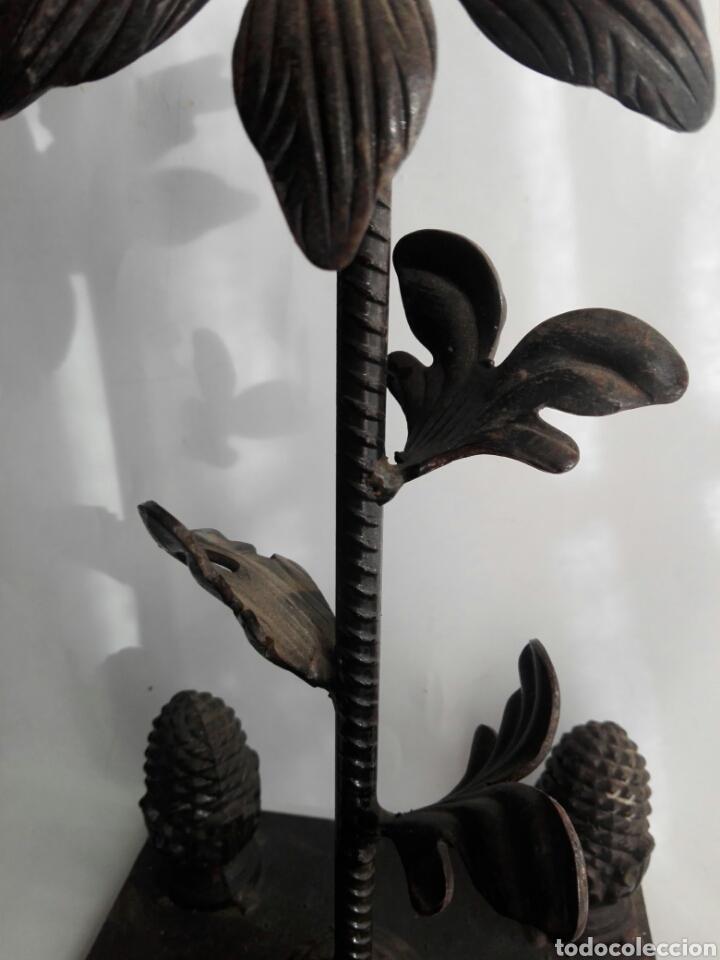 Arte: Escultura de hierro en forja flor con 4 piñas en hierro fundido Ideal remate - Foto 4 - 145499970