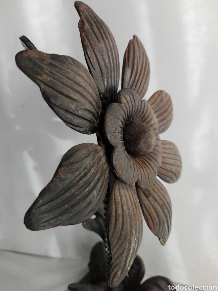 Arte: Escultura de hierro en forja flor con 4 piñas en hierro fundido Ideal remate - Foto 9 - 145499970