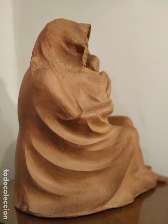 Arte: MODERNISMO TERRACOTA GITANA BASADA EN LA OBRA DE ISIDRE NONELL POR AGUSTIN PARDO 42 cm. - Foto 10 - 145824482