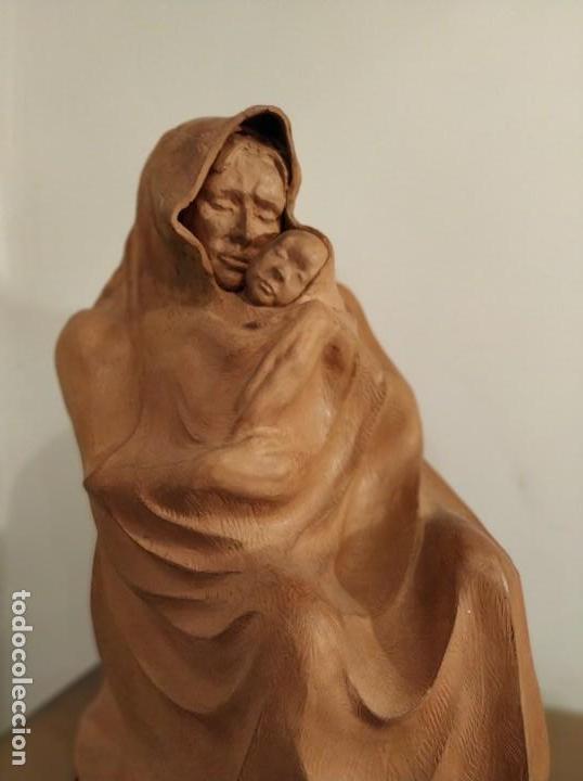 MODERNISMO TERRACOTA GITANA BASADA EN LA OBRA DE ISIDRE NONELL POR AGUSTIN PARDO 42 CM. (Arte - Escultura - Terracota )