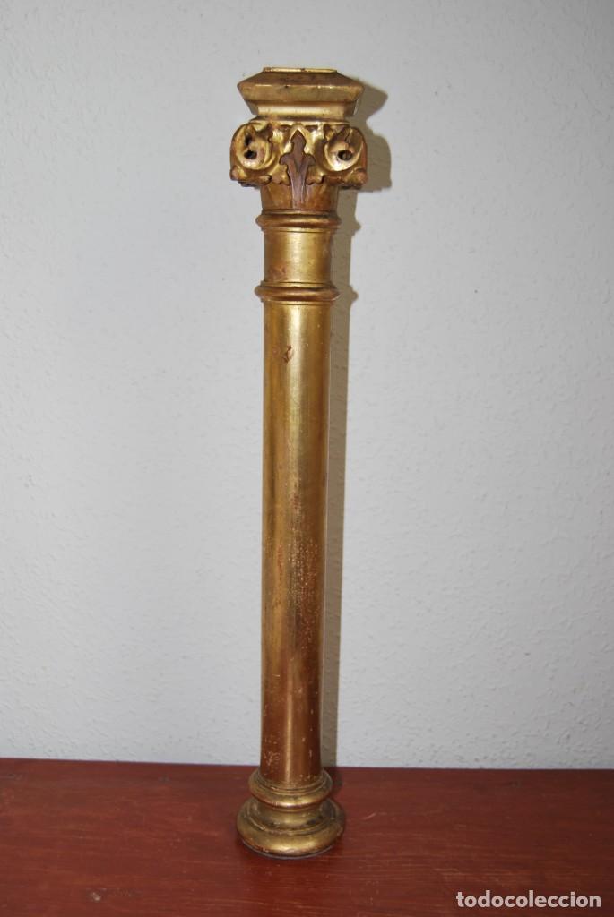 Arte: COLUMNA DE MADERA TALLADA - CAPITEL CORINTIO - PAN DE ORO - ALTAR - IGLESIA - SIGLO XIX - Foto 3 - 146857266
