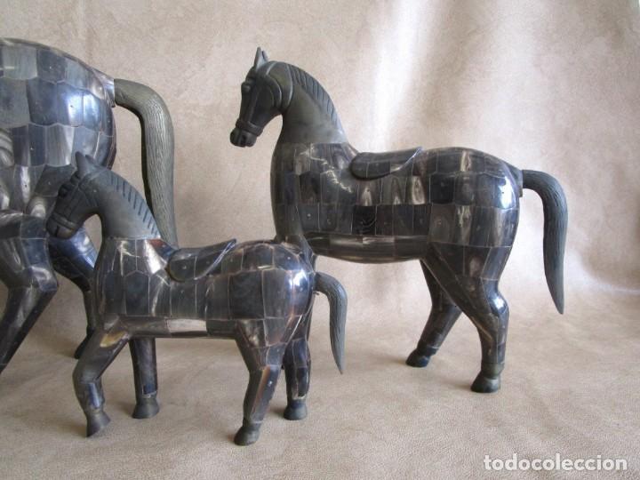 Arte: caballos chapados madera y bronce con cuernos de bufalo caballo - Foto 2 - 147710898