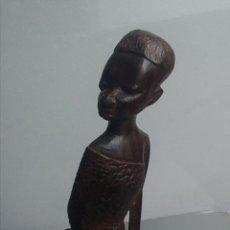 Arte: BONITA FIGURA AFRICANA MADERA EBANO / 16 X 4 X 3 CM. Lote 149747449