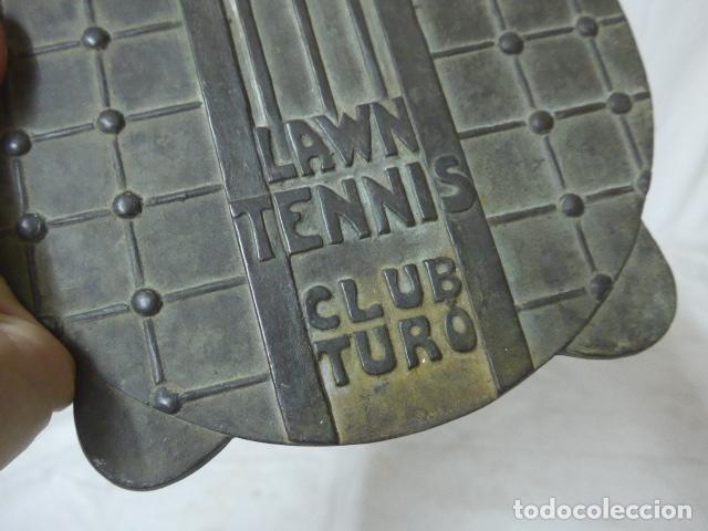 Arte: Antigua escultura o placa plafon de bronce de Lawn tennis club turo, de Barcelona ? tenis. - Foto 3 - 149755962