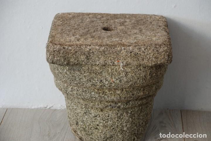 ANTIGUO CAPITEL GRANITO (Arte - Escultura - Piedra)