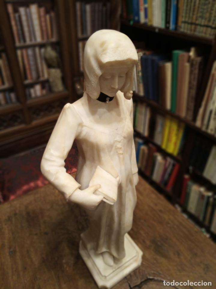 Arte: Bellísima escultura art nouveau de joven mujer con libro en la mano - firmada por el artista - - Foto 6 - 150142886