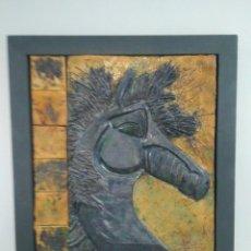 Arte: INTERESANTE ESCULTURA DE UN PERFIL ECUESTRE. CABALLO. HIERRO Y CERÁMICA VIDRIADA.. Lote 151031726