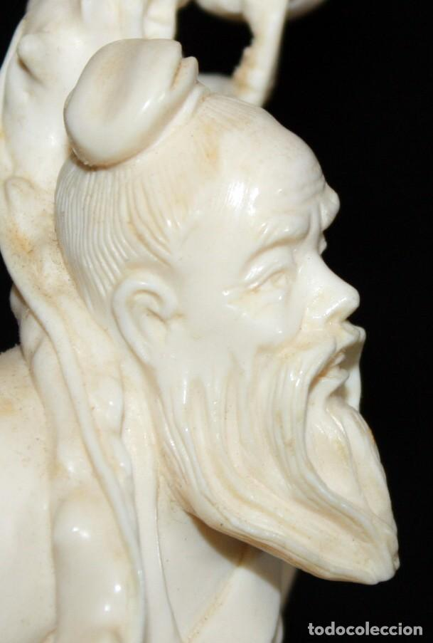 Arte: PERSONAJE CON GRULLA Y PERGAMINO, EN MARFIL CHINO. - Foto 10 - 152178446