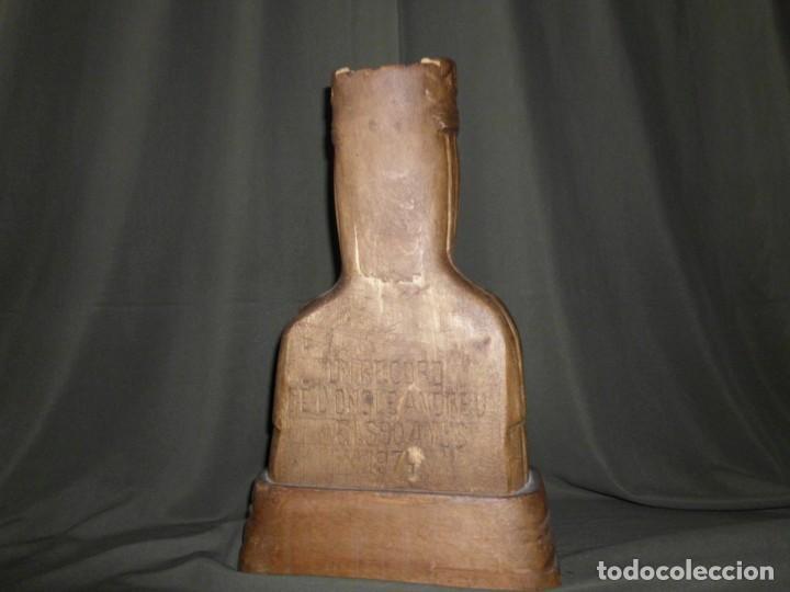 """Arte: Talla de madera por detrás dedicado """" Un Record de loncle Andreu 1974 """" - Foto 8 - 154830690"""