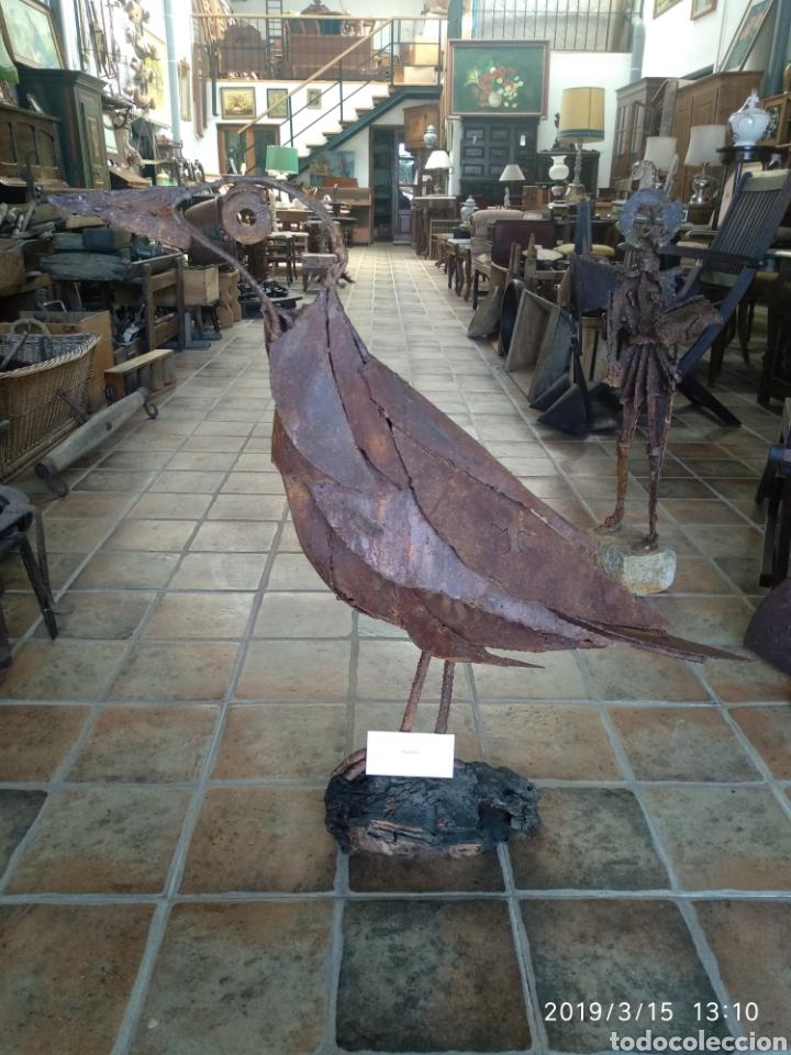 ESCULTURA PAJARO CUERVO EN HIERRO POR JULIO CORRALES BRAVO (Arte - Escultura - Hierro)