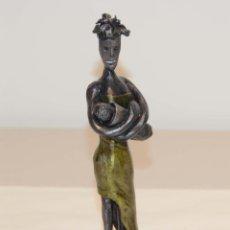 Arte: ESCULTURA EN HIERRO FORJADO MAWU, MADRE AFRICANA. Lote 155271626