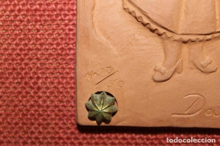 Arte: RELIEVE DE TERRACOTA DANSES DE VILANOVA FIRMADO F. CLARAMUNT LACUEVA Nº20/50 - Foto 5 - 155452762