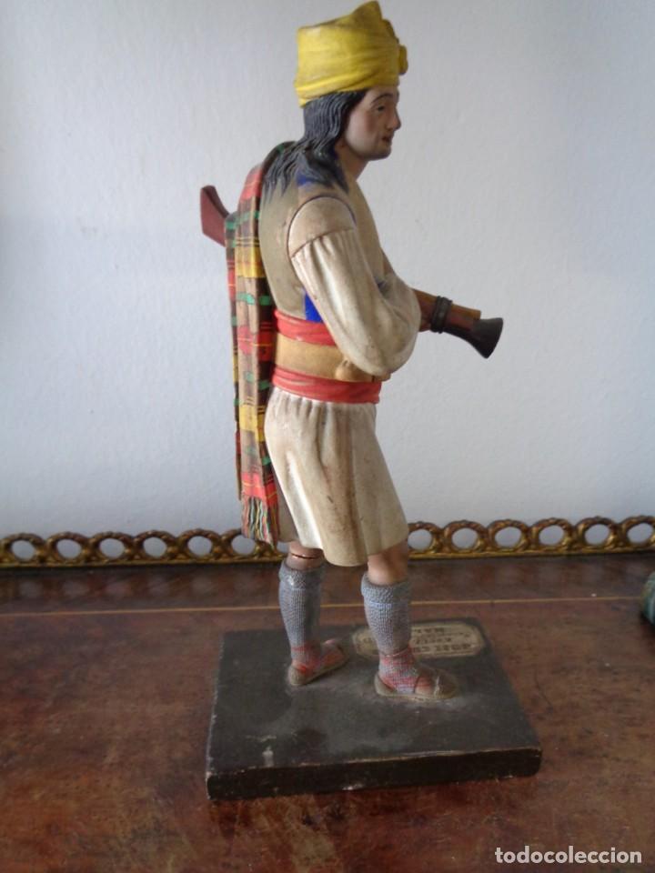 Arte: BARRO MALAGUEÑO DE JOSÉ CUBERO. -Murciano con trabuco- MÁLAGA, S. XIX. MUY RARO, 18 CM. - Foto 6 - 155554970