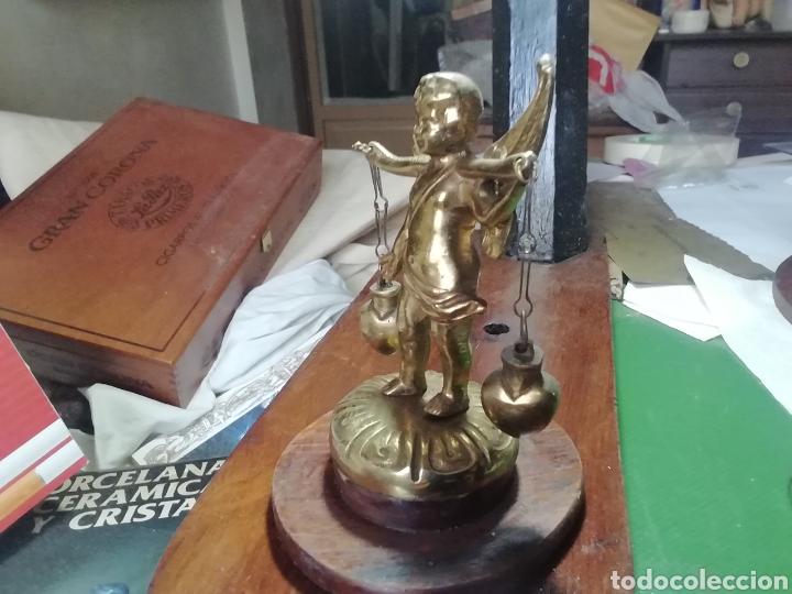 Arte: Cupido en bronce portando dos corazones - Foto 5 - 155963120