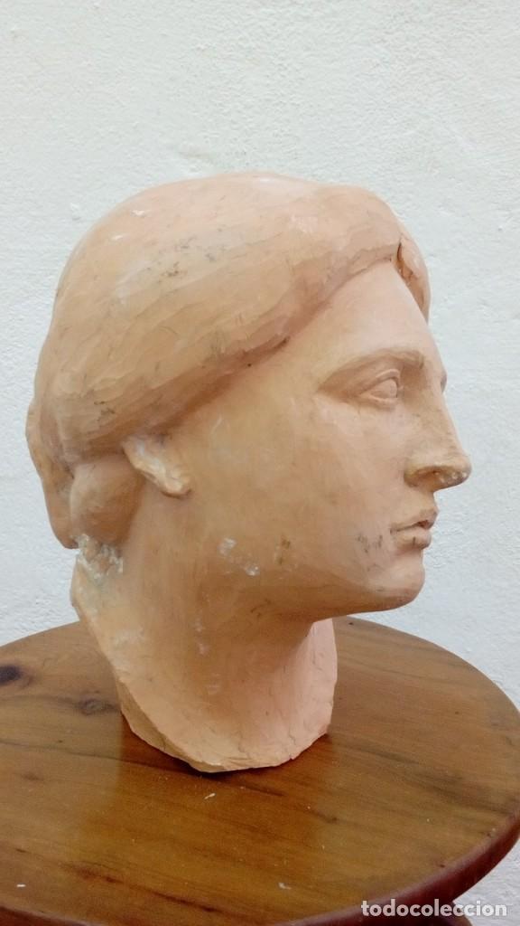 CABEZA DE MUJER (Arte - Escultura - Terracota )