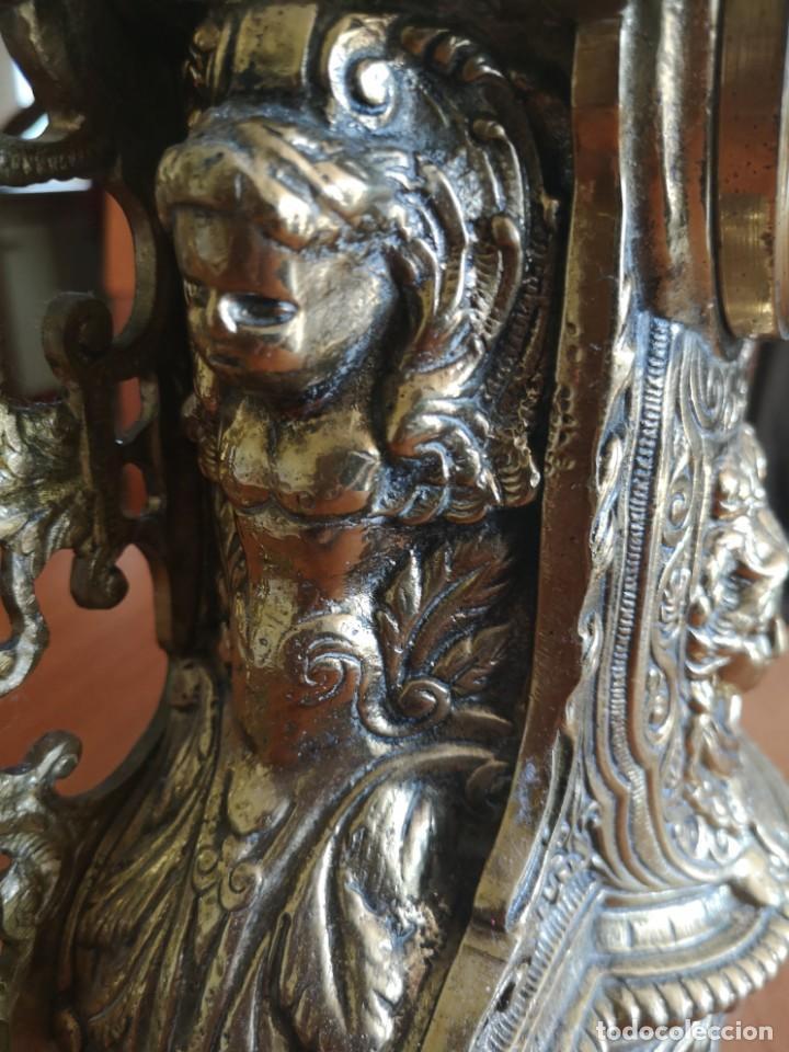 Arte: Reloj y candelabro de bronce - Foto 10 - 157829318