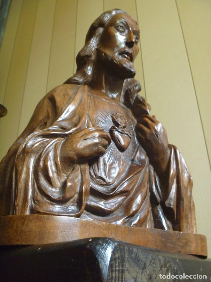 GRAN SAGRADO CORAZÓN JESUS TALLA AFAMADO ESCULTOR JOSE HERNÁNDEZ PIEZA MUSEO OPORTUNIDAD (Arte - Escultura - Madera)