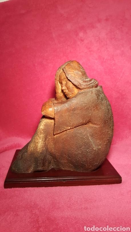 ESCULTURA DE A. FIGUEROLA (Arte - Escultura - Resina)