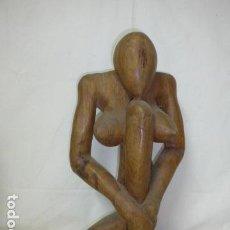 Arte: ANTIGUA ESCULTURA DE MADERA DE GRAN TAMAÑO, 49 CM ALTO. FIGURA MUJER DESNUDA, DESNUDO FEMENINO.. Lote 158751118