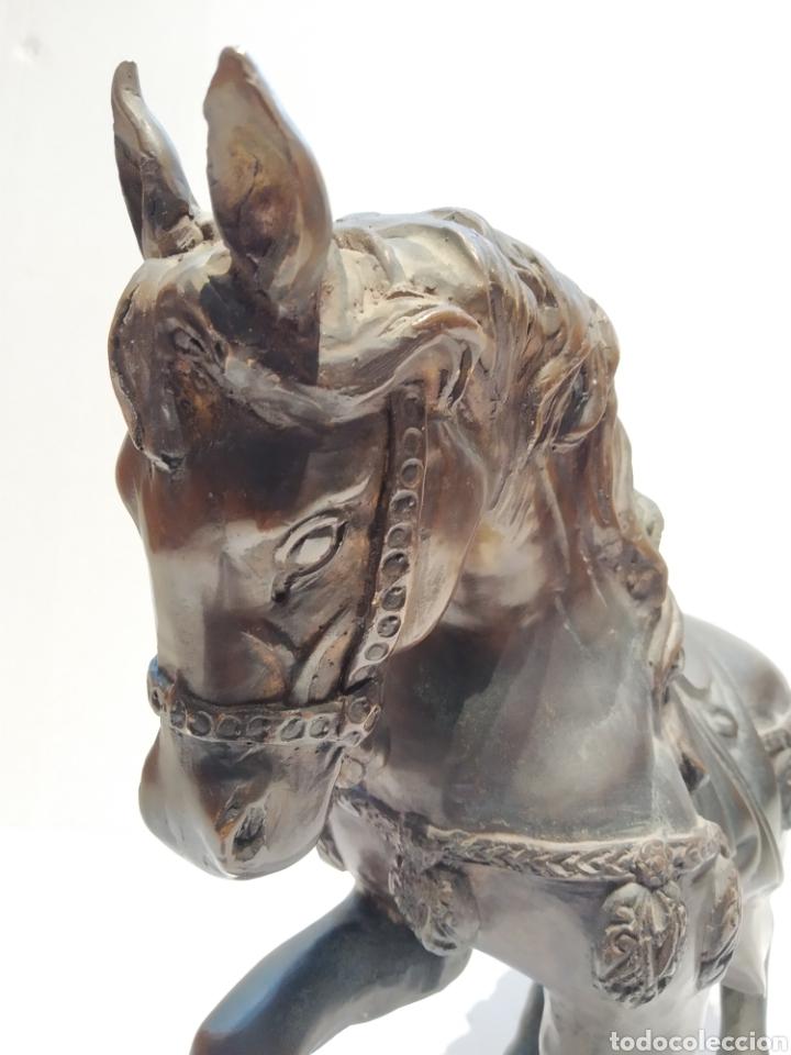 Arte: Antigua escultura - Caballo al paso realizada en bronce. Pierre Jules Mène (París 1810-1879) Firmada - Foto 2 - 158842306