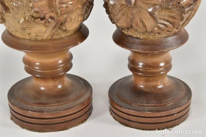 Arte: IMPRESIONANTES PAR ANTIGUOS JARRONES MADERA TALLADA SIGLO XIX 32 CM PERFECTOS a mano piezas museo - Foto 4 - 160183822