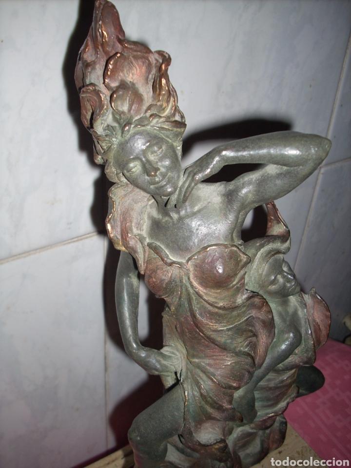 Arte: Figura de Bronce, 42 cm, Firmada. - Foto 5 - 160744209
