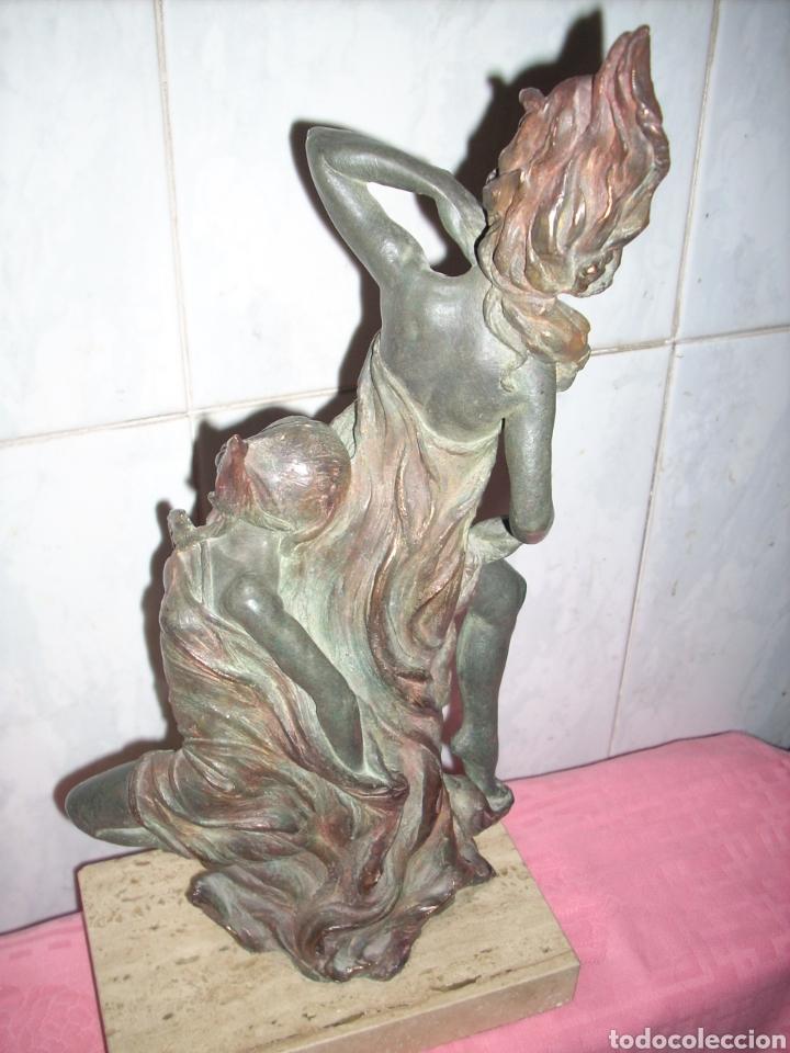Arte: Figura de Bronce, 42 cm, Firmada. - Foto 9 - 160744209