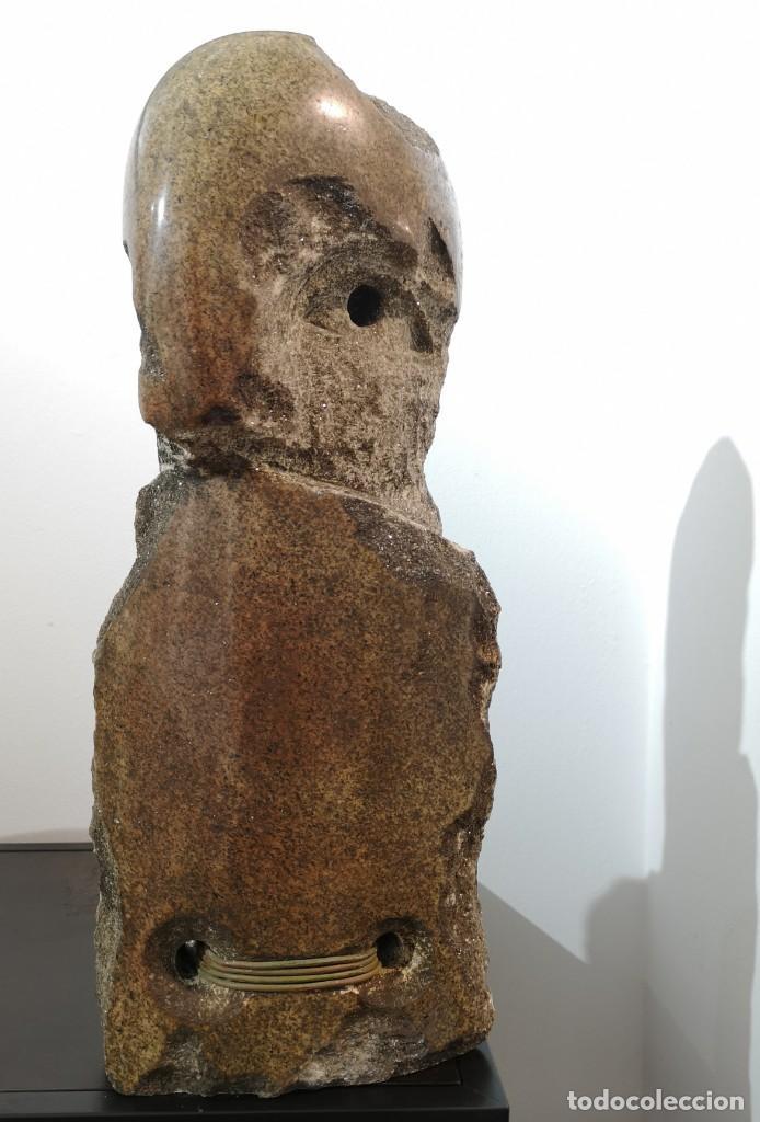 FRANCISCO PAZOS. (COBAS, 1961) BATALLADOR. GRANITO (Arte - Escultura - Piedra)