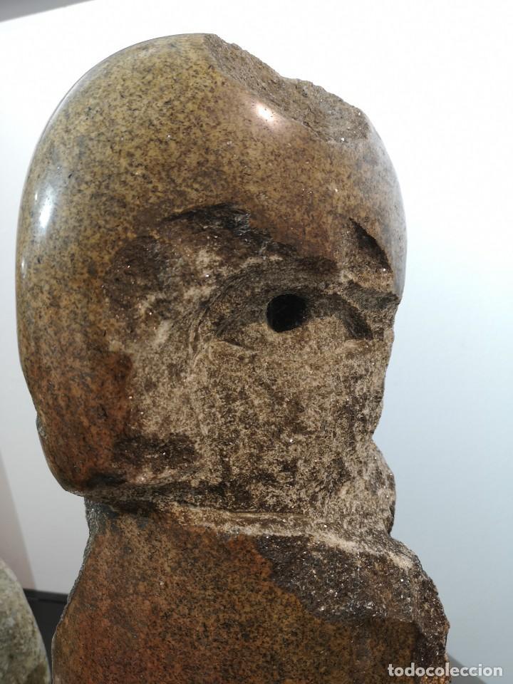 Arte: Francisco Pazos. (Cobas, 1961) Batallador. Granito - Foto 4 - 160944978