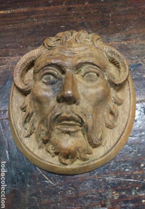 Arte: Antigua cara tallada en madera - Foto 2 - 162697910