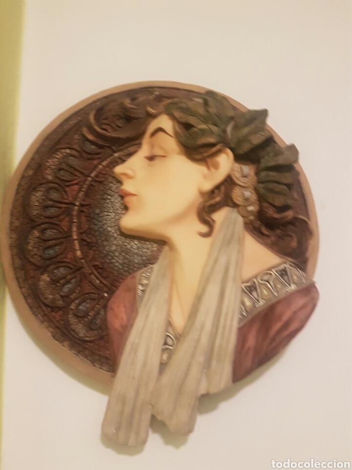Arte: BELLO BUSTO DE SEÑORA BAJO RELIEVE SOBRE MEDALLON - Foto 8 - 164146653