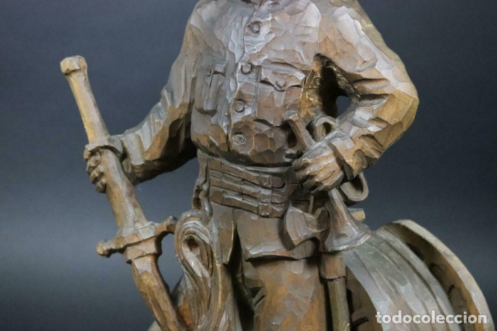Arte: MAGNIFICA ESCULTURA talla mano Bombero manguera incendios tallado madera personaje S.XIX AL 50 cm - Foto 9 - 164679950