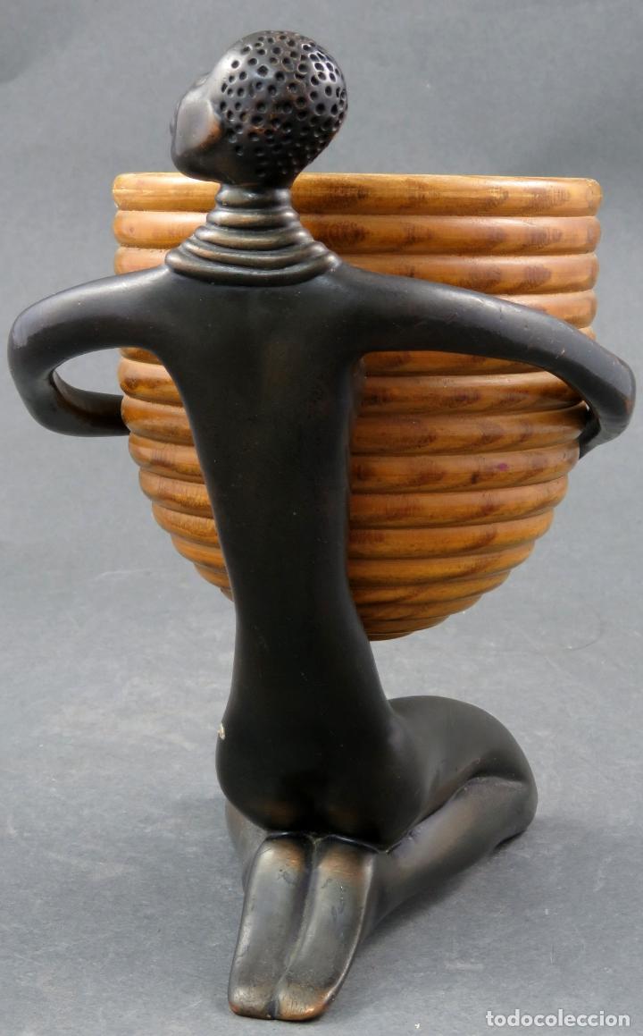 Arte: Escultura mujer africana en bronce y cuenco de madera atribuida a Franz Hagenauer Austria 1906 1986 - Foto 4 - 164710242