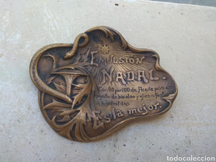 ANTIGUO CENICERO BRONCE PUBLICIDAD FARMACIA EMULSIÓN NADAL - FIRMADO MASRIERA & CAMPINS - BARCELONA (Arte - Escultura - Bronce)