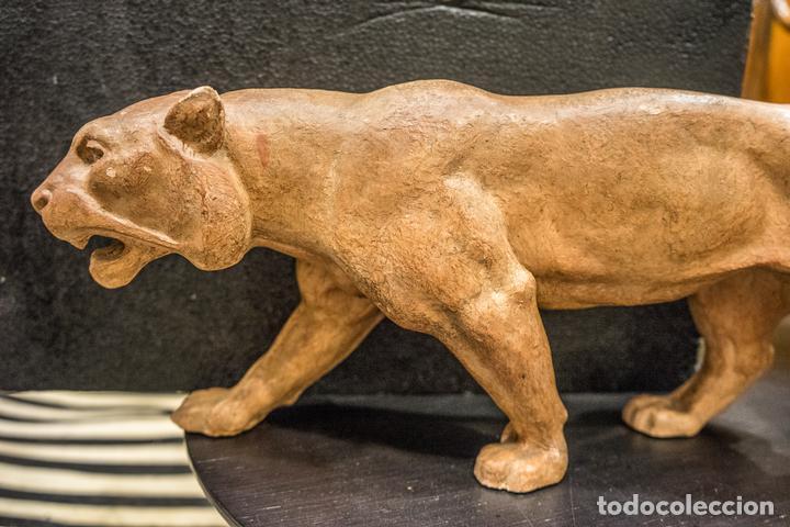 Arte: Escultura de Leona en terracota francesa- Art Decó 30s- - Foto 2 - 167160376