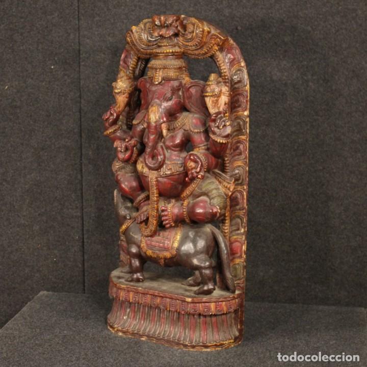ESCULTURA INDIA DE MADERA DE DIVINIDAD (Arte - Escultura - Madera)