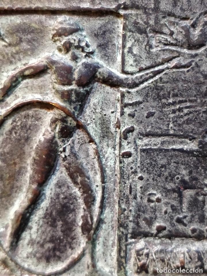 Arte: Escultura/Placa de bronce firmada y numerada por el artista J. CRUZ - 11.5x8cm - Foto 3 - 167777380