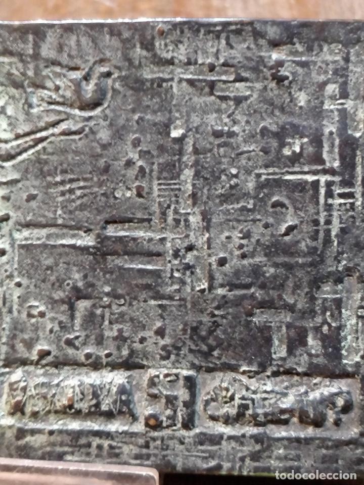 Arte: Escultura/Placa de bronce firmada y numerada por el artista J. CRUZ - 11.5x8cm - Foto 4 - 167777380