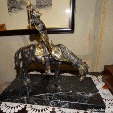 Arte: ESCULTURA BRONCE DEL QUIJOTE A CABALLO BASE DE MARMOL. Lote 168105560