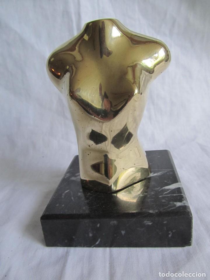 Arte: Escultura en bronce maciza, busto sobre peana de mármol negro - Foto 5 - 168746832