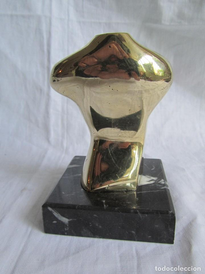 Arte: Escultura en bronce maciza, busto sobre peana de mármol negro - Foto 7 - 168746832