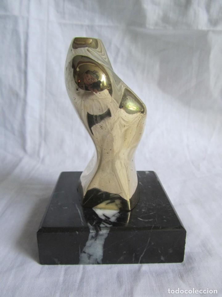 Arte: Escultura en bronce maciza, busto sobre peana de mármol negro - Foto 8 - 168746832