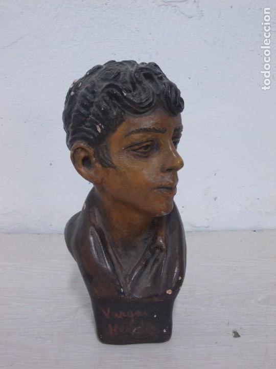 ANTIGUA FIGURA DE TERRACOTA FIRMADA VARGAS HEREDIA MUY BONITA (Arte - Escultura - Terracota )