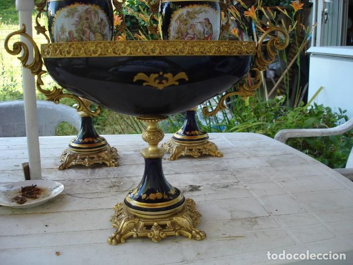 Arte: preciosa guarnicion en porcelana de sevres de coleccion ver fotos - Foto 10 - 170043828