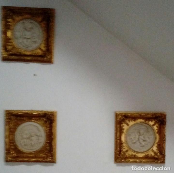 TRES CUADROS-MEDALLON EN PAN DE ORO Y MARMOL HECHOS A MANO (Arte - Escultura - Porcelana)