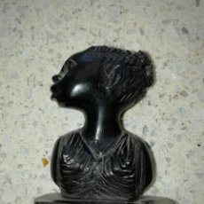 Arte: TALLA BUSTO DE AFRICANA TALLADA EN MADERA 5,50 CMS ALTURA. Lote 170434124