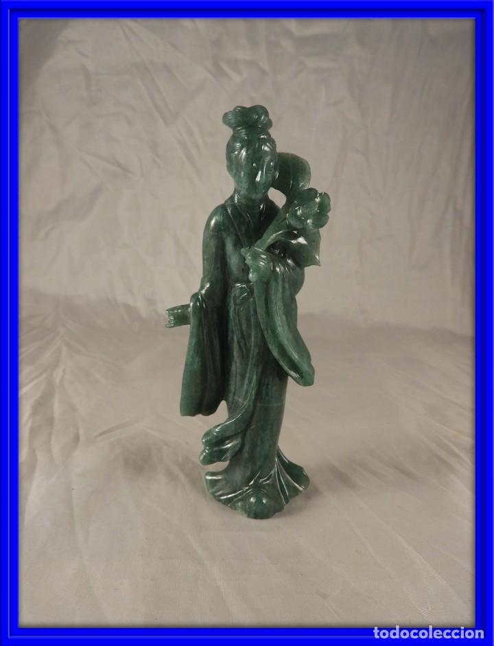 FIGURA DE JADE DE UNA GEHISA (Arte - Escultura - Piedra)