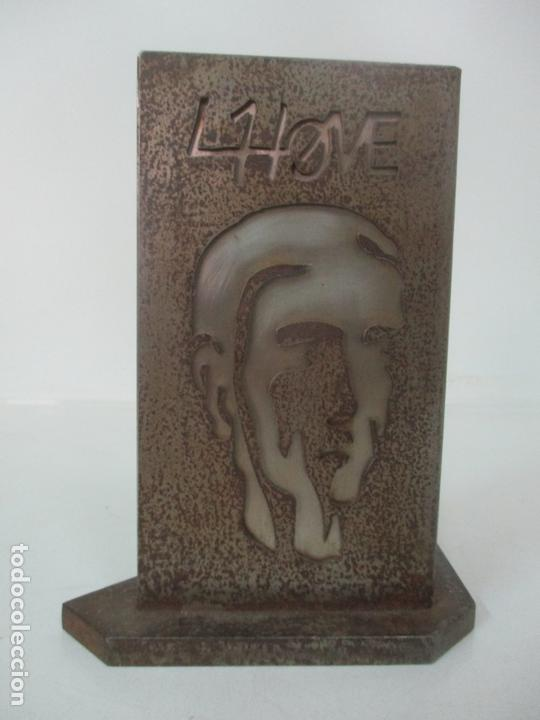 Arte: Escultura Hierro y Acero Inox - Firma Domenech Fita Molat (Girona 1927) - L´Home, La Dona - Foto 2 - 171116932