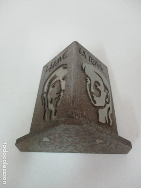 Arte: Escultura Hierro y Acero Inox - Firma Domenech Fita Molat (Girona 1927) - L´Home, La Dona - Foto 7 - 171116932